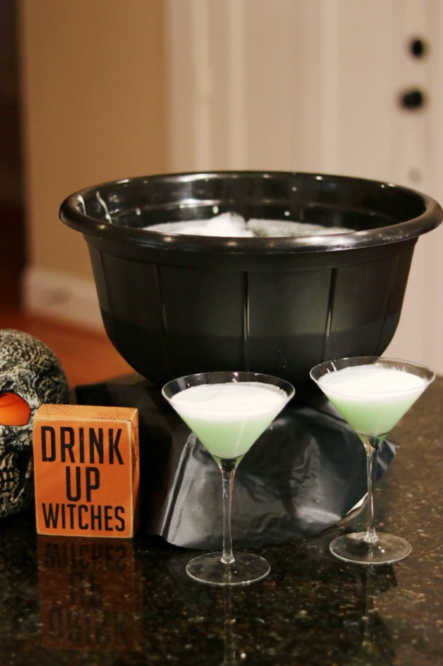 Easy 3 Ingredient Witches brew Halloween Party punch
