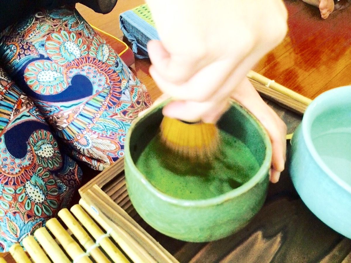 Tea Ceremony with Kaylin Toh of Tea Traders Singapore It's All Well + Good Magazine