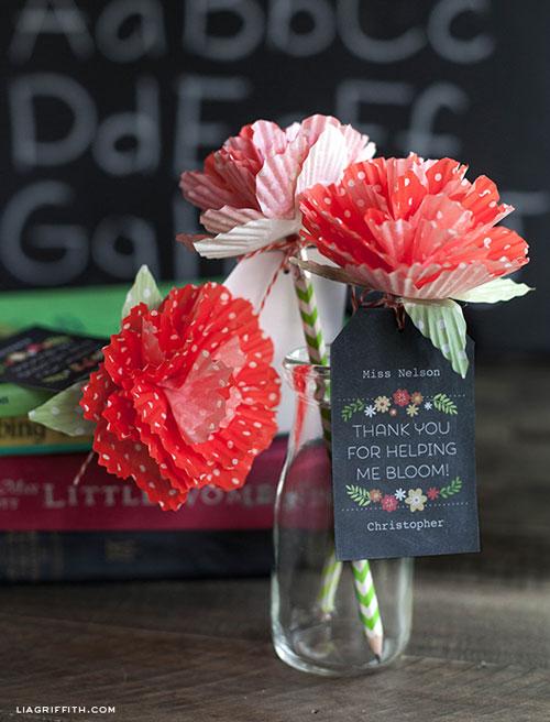 DIY-paper-flowers-tutorial-19