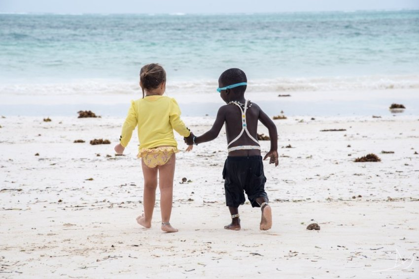 travelling with kids makes them compassionate