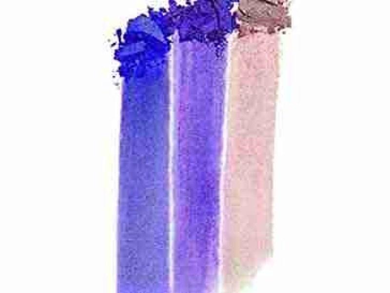 Elizabeth Arden Eyeshadow Trio in 01 Touch of Lavender swatch