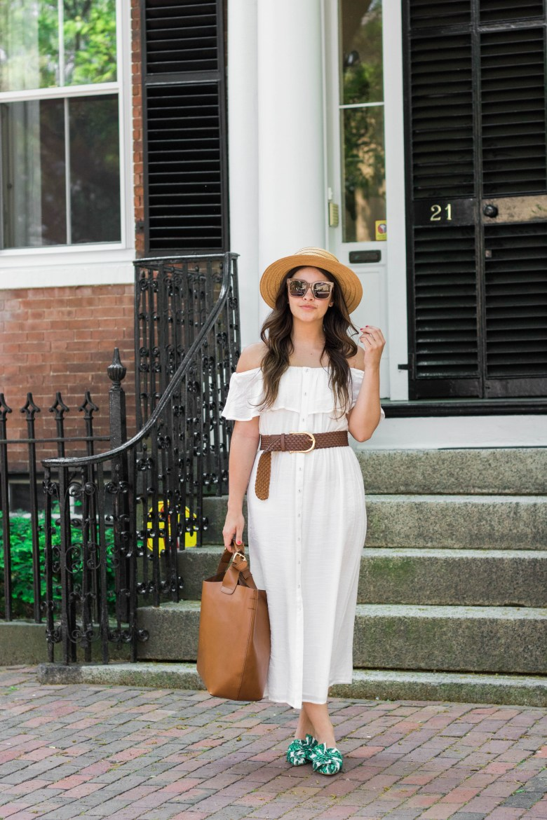 Summer Fabrics: What Fabrics You Should Be Wearing When It's Hot by NYC blogger Dana of Pink Champagne Problems