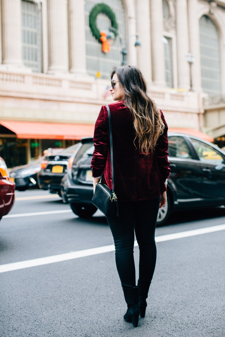 A New York City Christmas: Red Velvet Blazer At Grand Central by New York City fashion blogger Pink Champagne Problems