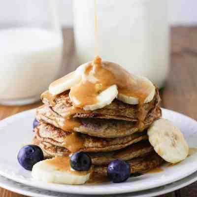 Skinny Banana Blueberry Pancakes