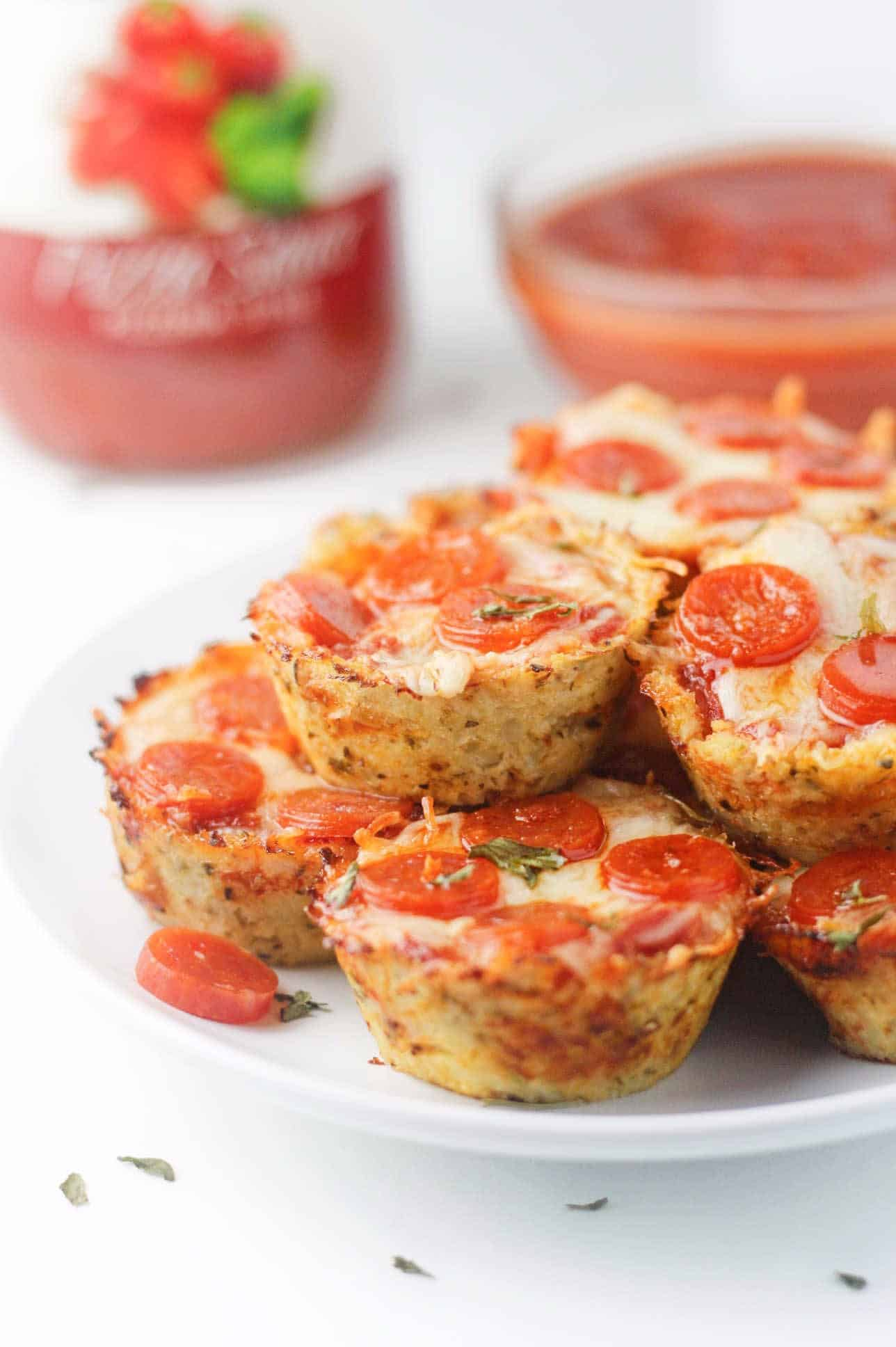 Low Carb Cauliflower Pizza Bites It S Cheat Day Everyday