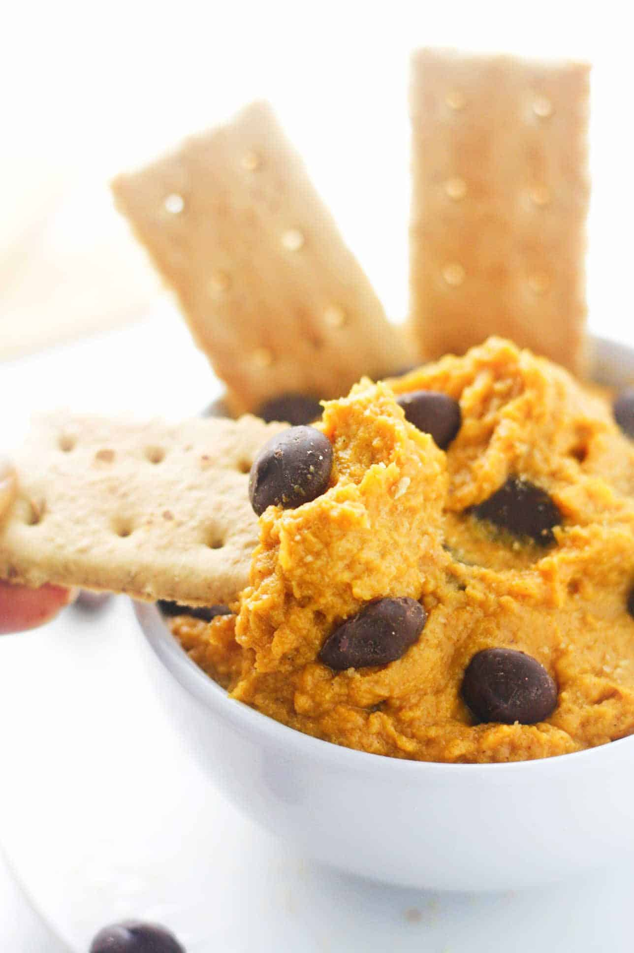 Pumpkin Cookie Dough Dip - seriously addictive and ready for all things dip worthy. Vegan friendly. itscheatdayeveryday.com
