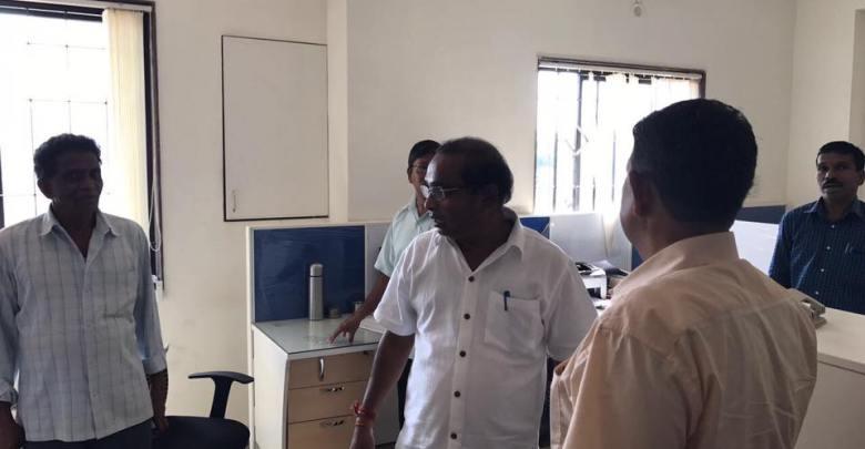 WRD surprise visit, Vinod Palyekar
