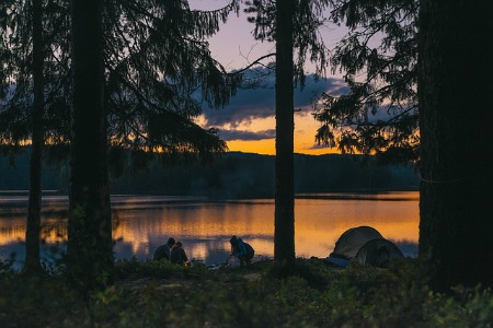 frugal save money vacation camping