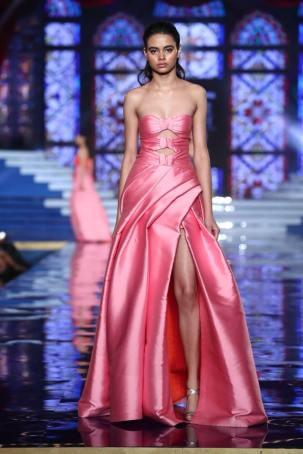 Monisha-Jaising-Lakme-Fashion-Week-Collection-5