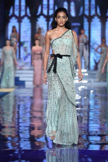 Monisha-Jaising-Lakme-Fashion-Week-Collection-6