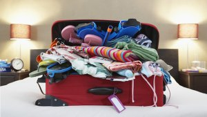 overpacked-suitcase