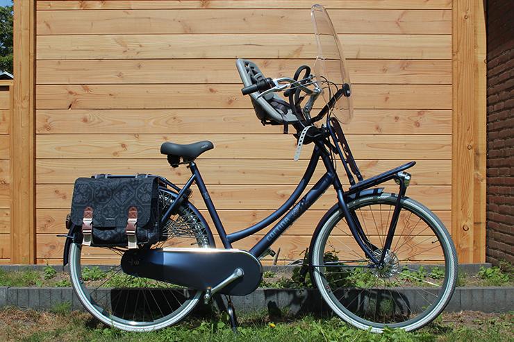 Moederfiets Met Stoeltjes.De Cortina Roots Transport Met Yepp Kinderzitjes Itswendy Nl