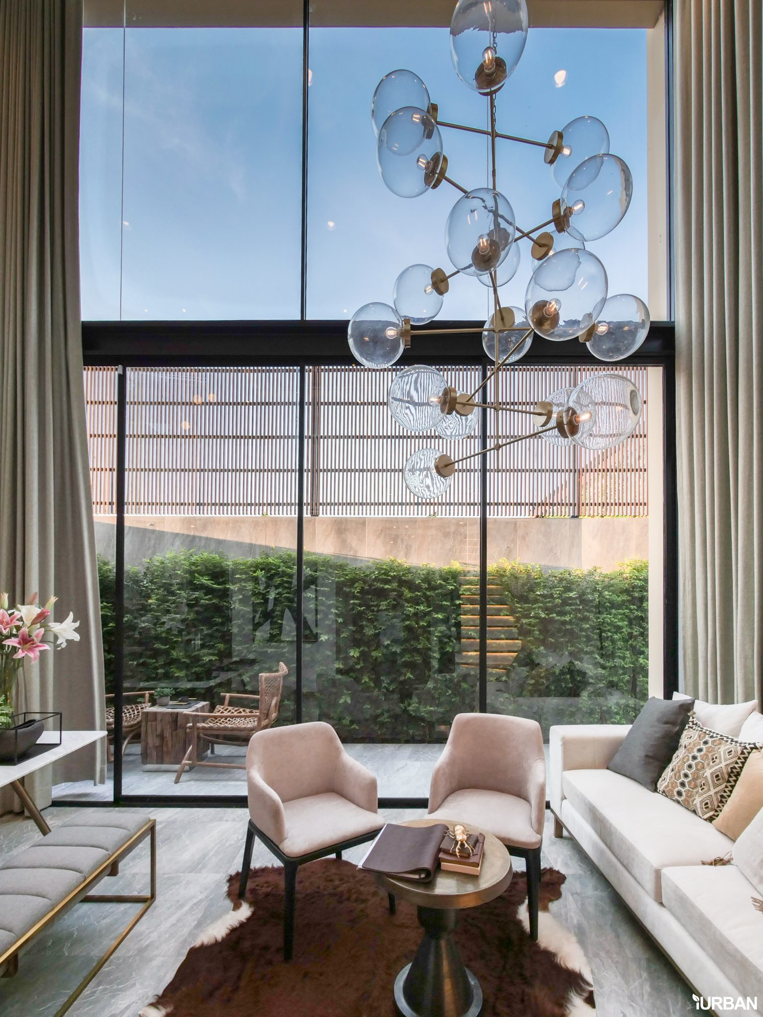 AIRES RAMA9 รีวิว Luxury Townhome 3.5 ชั้น + Rooftop ออกแบบสวย ย่านพระราม9 (ใกล้ รพ.สมิติเวช) 23 - AIRES