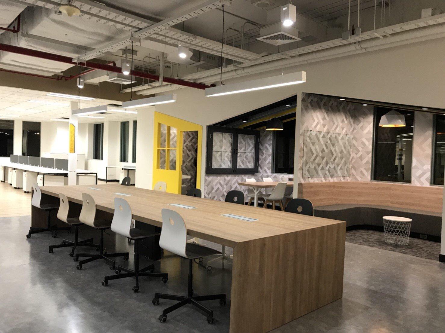 """ออฟฟิศแนวคิดใหม่ สุดฮิปของชาวกรุงศรีฯ ในสไตล์ """"Co-Working Space ที่ให้งาน Finish แบบไม่ติดสตั้นท์"""" 26 - Bank"""