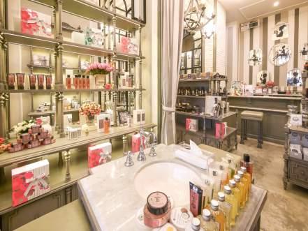 Bath & Bloom เนรมิตความหอมสู่บ้านคุณ