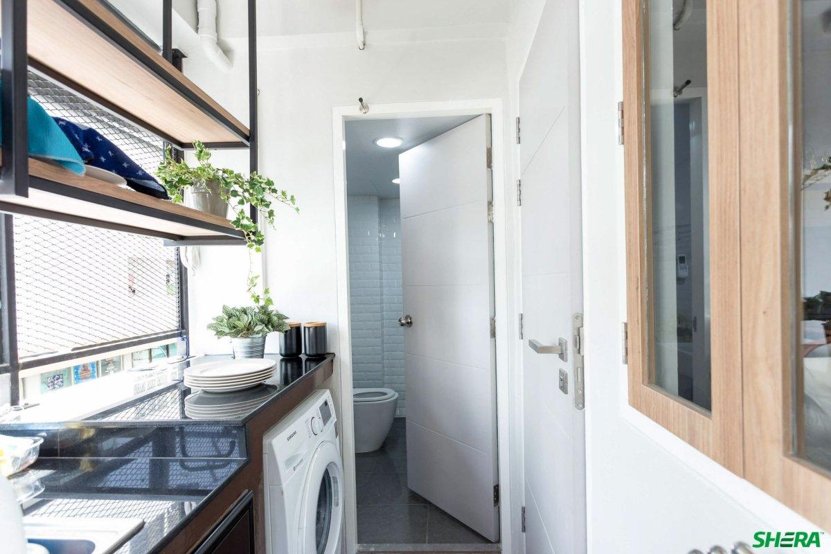 รีโนเวทบ้าน แปลงคอนโดเก่าเป็นสไตล์ Loft และประตูสวยทนด้วยไฟเบอร์ซีเมนต์จาก Shera 19 - fiber cement wood