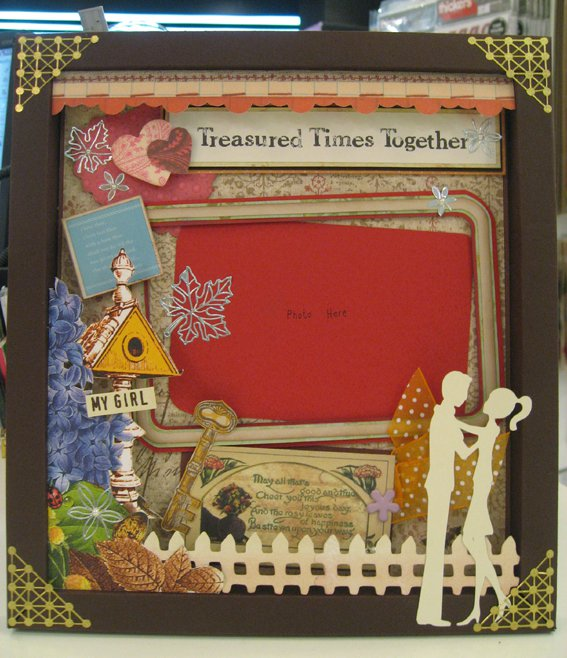 %name Scrapbook looks fun !!