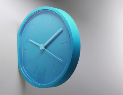 3-side-beside-clock-by-ludovic-roth