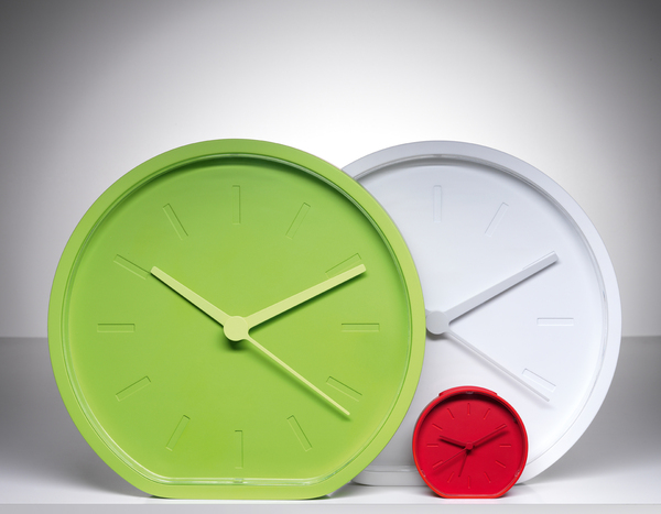 4-side-beside-clock-by-ludovic-roth