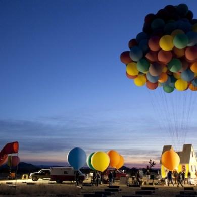 บ้านลอยได้ Floating house 14 - balloons