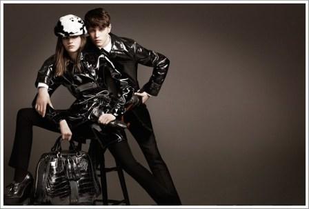 Burberry-Prorsum-Fall-Winter-2011-2012-Coats-in-black-color