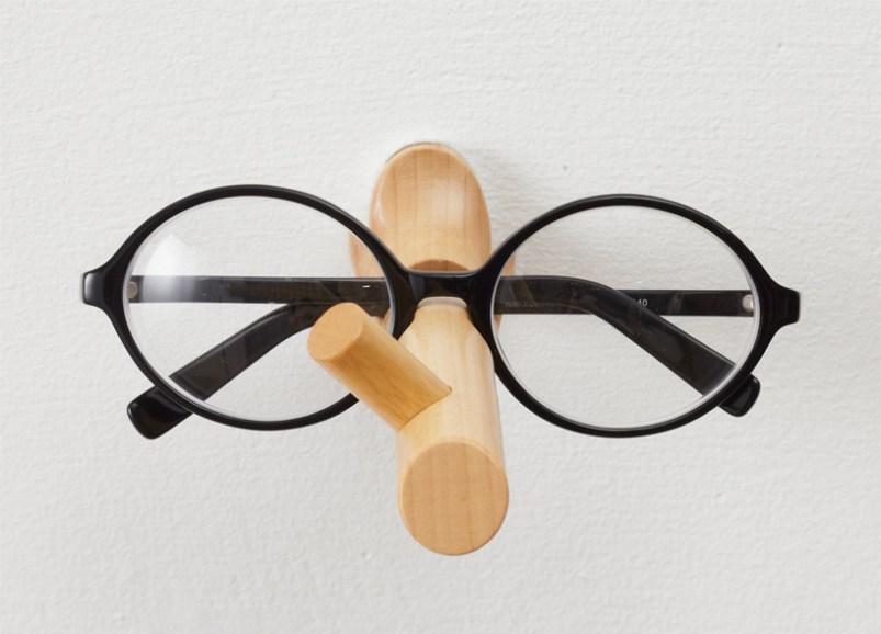 %name Pinocchio eyeglasses holder