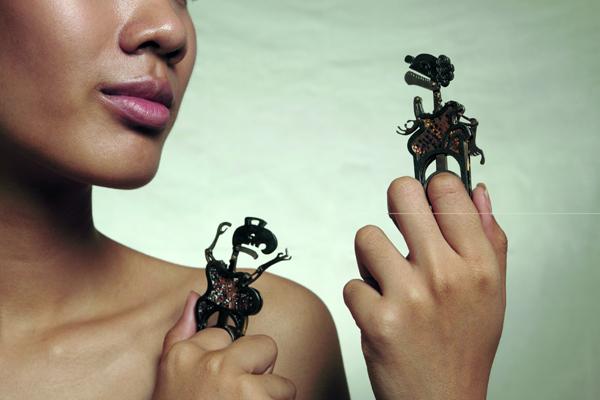 Nang Ta-Lung Ring 13 - Art Jewelry