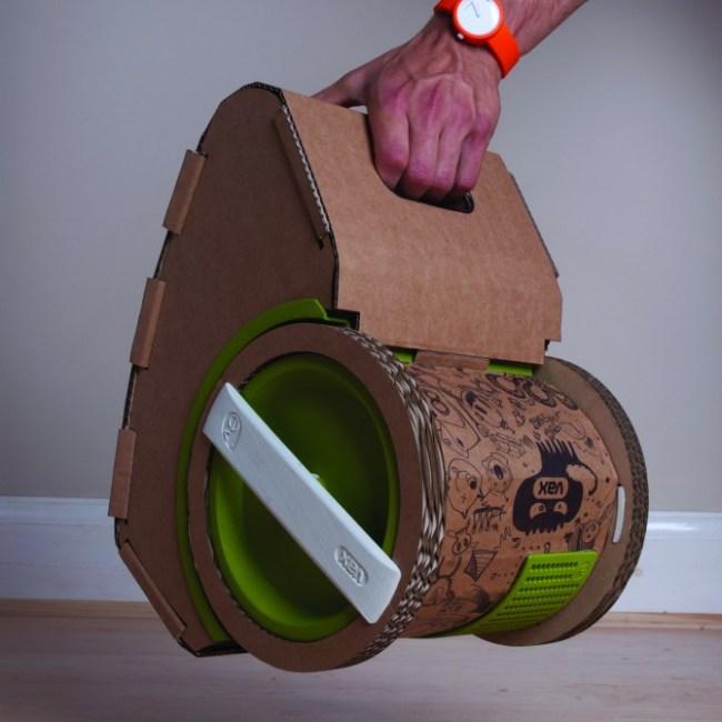 vacuum cleaner เครื่องดูดฝุ่นจากกระดาษลูกฟูก 15 - cardboard