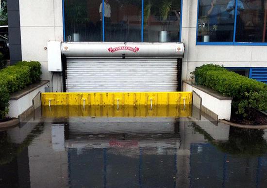 Floodbreak แผงกั้นกันน้ำท่วม 14 - flood