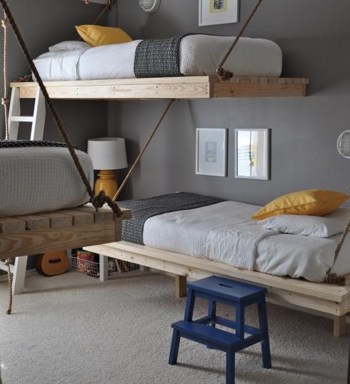three boys bedroom 3 Hanging Beds เตียงนอนลอยหนีน้ำท่วม