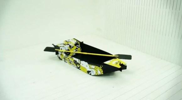 11 25 2011 4 40 03 PM1 580x319 ไอเดียสร้างสรรค์สุดๆ..Ready Boat เรือพกพาจากแผ่นฟิวเจอร์บอร์ด