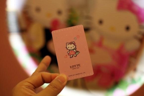 1154981456 580x386 ไปทัวร์ Hello Kitty room ที่เกาะเชจูเกาหลี