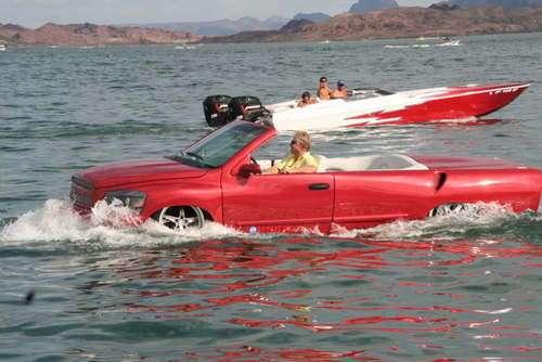Python..รถสะเทิ้นน้ำสะเทิ้นบกที่แล่นในน้ำได้เร็วสุด 14 - flood