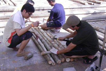 มาช่วยกันสร้างสะพานเพื่อชุมชนน้ำท่วมขังที่ลานเกียร์..วิศวะ จุฬาฯกัน 20 - flood
