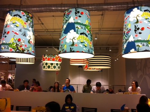 IKEA เปิดแล้ว..คนแห่ไปกันแน่นห้าง 11 - IKEA (อิเกีย)