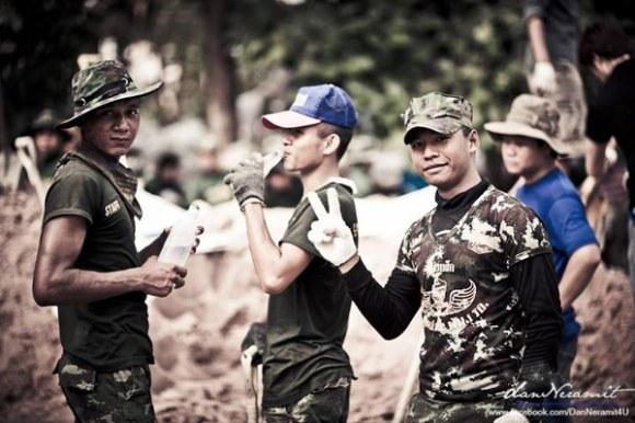 เครื่องแบบทหาร สู่กระแสแฟชั่น  Soldier Fashion 14 - Soldier Fashion