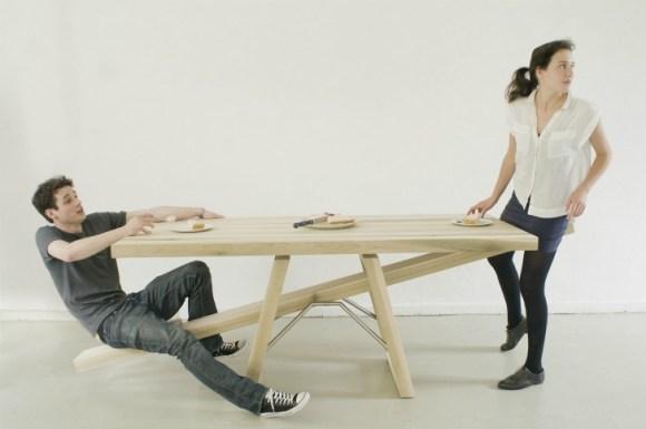 Tafelwip Marleen Jansen9 580x385 โต๊ะไม้กระดก..รักกันจริงต้องไม่ทิ้งกัน