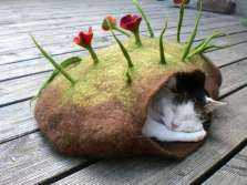 handmade-cat-dens