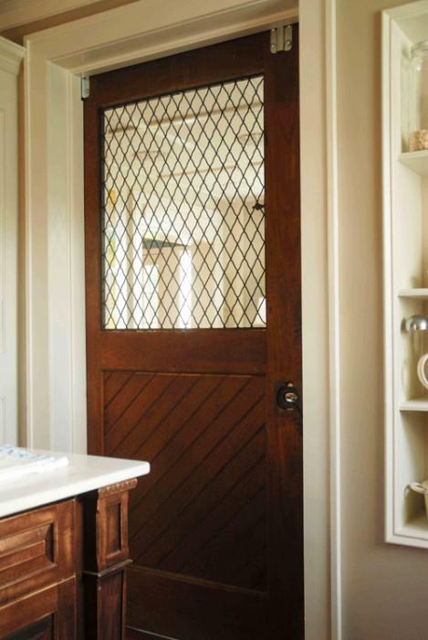 ก่อน-หลัง บานประตู DIY:Before & After repurposed horse stall doors 15 -