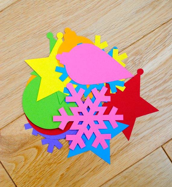 simple paper ornaments 1 Hello kids!!Christmas tree decorations