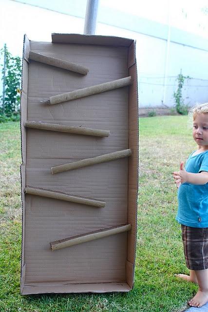 25550114 090525 D.I.Y. ของเล่นเด็ก เสริมทักษะ และพัฒนาการ จากกล่องและแกนกระดาษเก่า