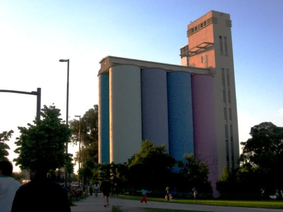 97b5eb07 580x435 Art Museum (Museo de Arte Contemporáneo Rosario)