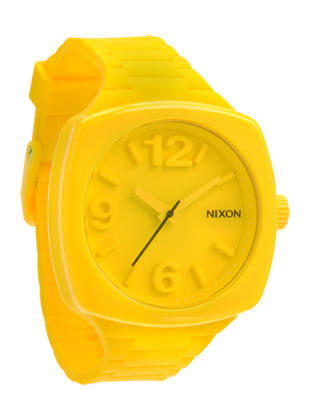 A265 644 view1 hero1 The Dial from Nixon