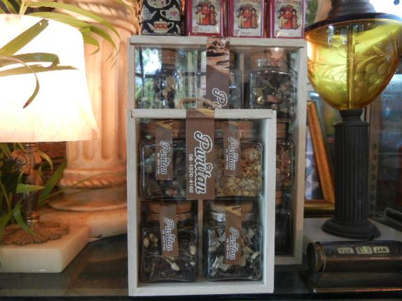 DSCN7017 580x435 Puritan ..House of Museum ร้านอร่อยของคนชอบสะสมของเก่า