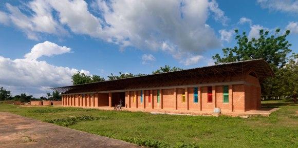"""แง่คิด """"ความยั่งยืนด้านสถาปัตยกรรมของแอฟริกา"""" Africa Calling by Francis Kere 16 - Africa"""