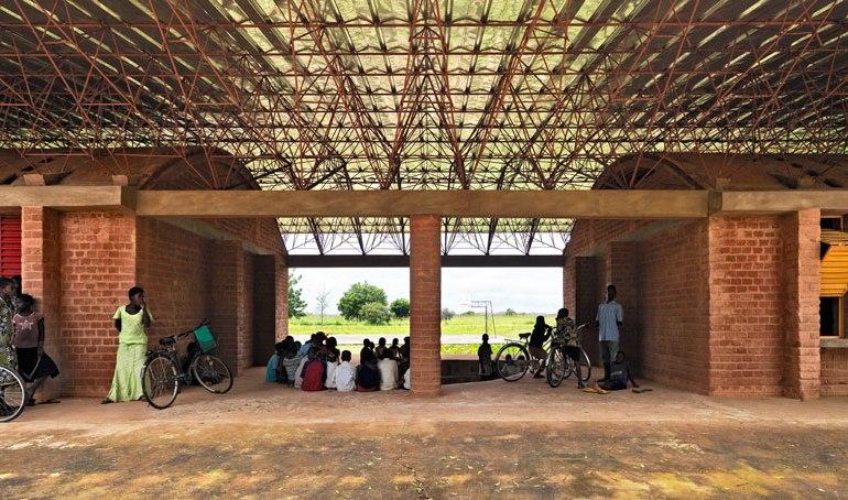 """แง่คิด """"ความยั่งยืนด้านสถาปัตยกรรมของแอฟริกา"""" Africa Calling by Francis Kere 29 - PEOPLE"""