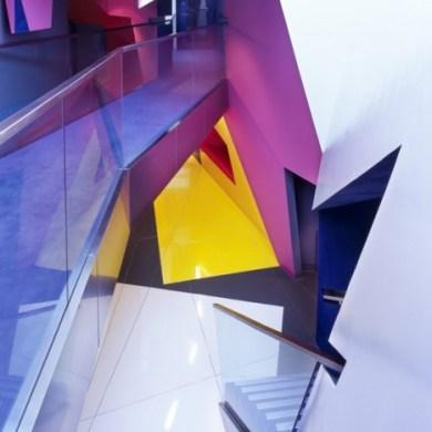 อาคารรูปทรงซิกแซก เส้นสาย และสีสัน...a feast for the senses 19 - centre for film and visual media