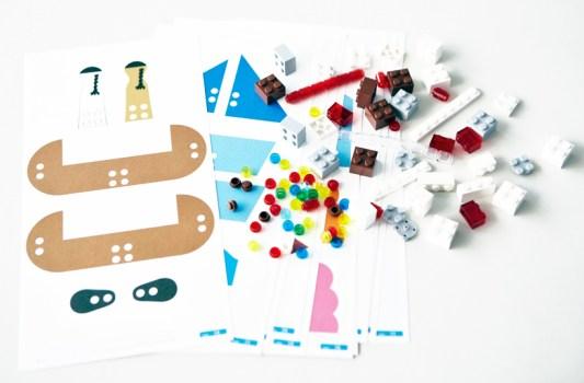 mujilego04b 533x350 DIY.Toy set by LEGO and MUJI เมื่อทั้งสองจับมือกันสร้างของเล่นชุดใหม่