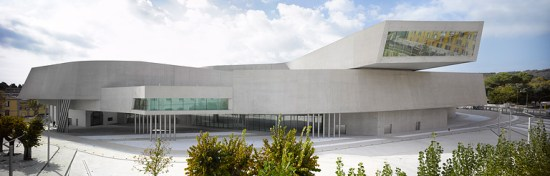 21535 550x176 MAXXI MUSEUM มากกว่าความเป็นพิพิธภัณฑ์ที่อิตาลี