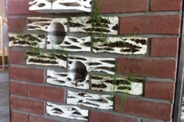 อิฐบ้านนกกระจอก + ปลูกต้นไม้ งาน handmade ในงาน MILAN DESIGN WEEK 15 - GREENERY